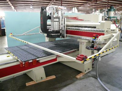 CNC-Router-CNC-Router-Pictures40\400\Komo-VR-512-Mach-One-f.jpg