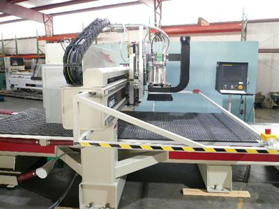 CNC-Router-CNC-Router-Pictures40\400\Komo-VR-512-Mach-One-g.jpg