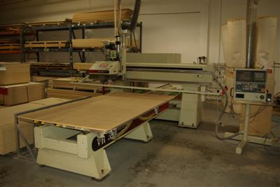 CNC-Router-CNC-Router-Pictures56\400\Komo-VR-510-Mach-One-a.JPG