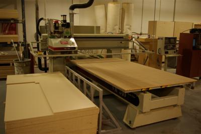 CNC-Router-CNC-Router-Pictures56\400\Komo-VR-510-Mach-One-b.JPG