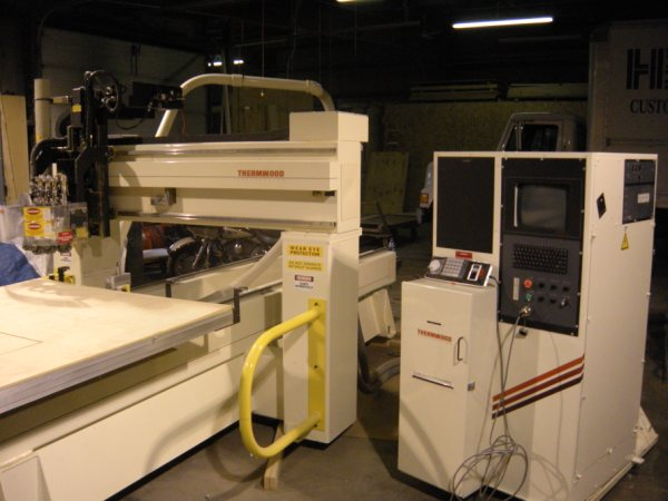 CNC-Router-CNC-Router-Pictures59\400\Thermwood-C-40-a.jpg