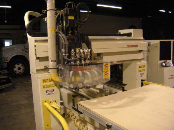 CNC-Router-CNC-Router-Pictures59\400\Thermwood-C-40-c.jpg